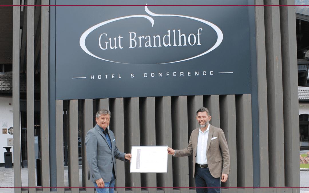 Hotel Gut Brandlhof als Sport Leading Company ausgezeichnet